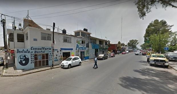 En pleno Día del Maestro, docente muere golpeado en colonia Popular Coatepec