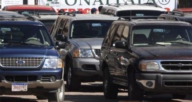 Campesinos poblanos piden detener decomiso de vehículos extranjeros