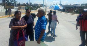 Acusan daños a casas por bulevar Carmelitas; Comuna revisará denuncias