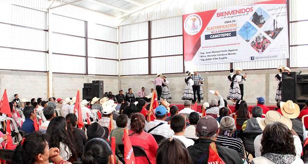 Antorcha inaugura electrificación en comunidad Camotepec, Zacatlán