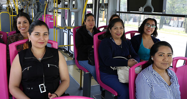 Arranca en Puebla servicio exclusivo para mujeres en RUTA