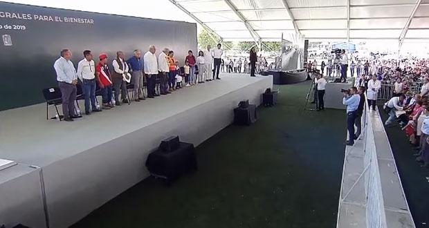 También en Atlixco, abuchean al alcalde durante evento de AMLO
