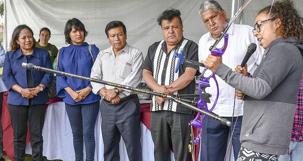 Ayuntamiento de Cuautlancingo abre primera escuela de tiro con arco