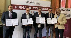 Ayuntamiento de Puebla e IP firman convenio para impulsar inversión