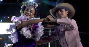 Ballet antorchista clausura Feria de Chimalhuacán en Edomex