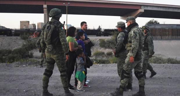 En Ciudad Juárez, Ejército disuade a migrantes que buscan cruzar a EU