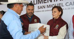 DIF entrega 4 mil despensas en juntas auxiliares de Canoa y Aparicio