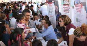 DIF estatal realiza primera feria regional de servicios en Mixteca