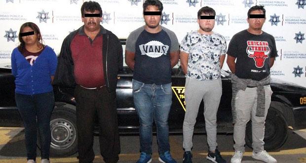 Detienen a seis por robar en la ruta Amozoc de la Angelópolis