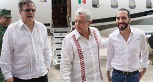 """México dará 30 mdd a El Salvador para que replique """"Sembrando Vida"""""""