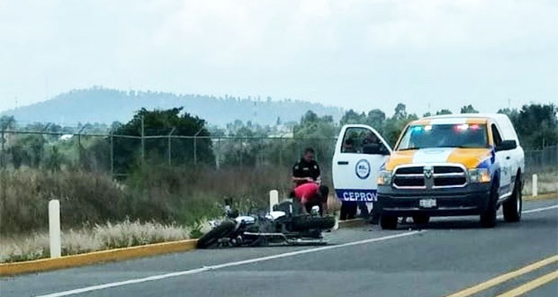 Fallece motociclista por derrapar sobre bulevar de Huejotzingo