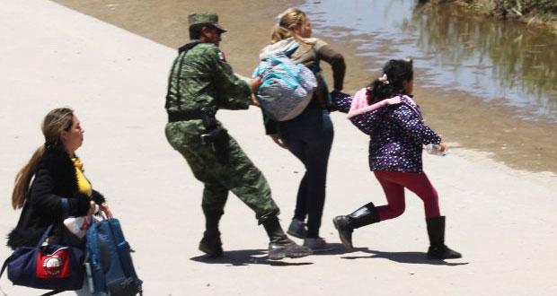 Ahora, captan a GN deteniendo a mujeres migrantes en frontera con EU