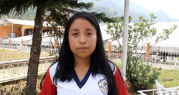 Estudiantes de Huitzilan se unen a lucha por el pago de becas