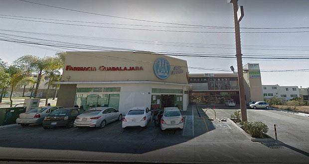 Matan a mujer de disparo tras asaltarla en Farmacias Guadalajara