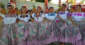 Movimiento Antorchista realiza programa cultural en Atzala