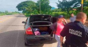"""En Oaxaca, detienen a """"cónsul"""" de Nicaragua por transportar migrantes"""