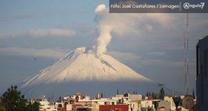 Popocatépetl emite 201 exhalaciones y ligera cantidad de ceniza