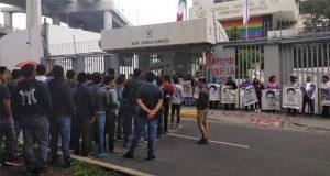 Protestan en CNDH por encubrir en caso Ayotzinapa
