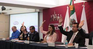 Rivera se reúne con 63 alcaldes para fortalecer seguridad nacional