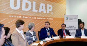 SGG y Udlap renuevan convenio en apoyo a migrantes