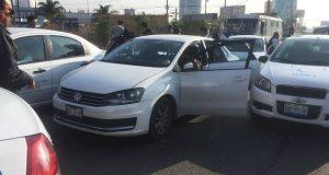 SIMT sanciona 3 conductores de transporte público y 4 taxis piratas