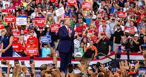 Con promesa de muro y autoelogio, Trump lanza campaña de reelección