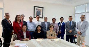 Upaep y SNTE firman convenio para que agremiados cursen posgrados