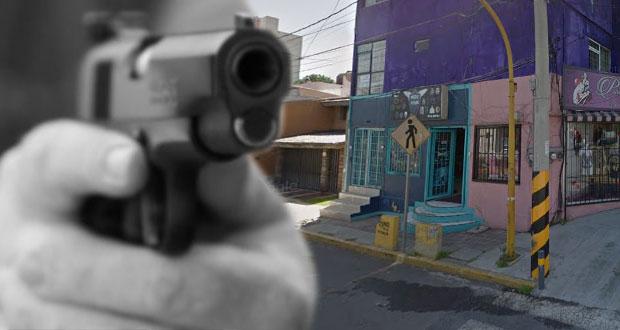 En una tarde, asaltan a mano armada dos negocios en Puebla