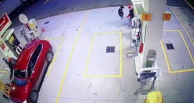 Tras asaltar gasolinera en Xoxtla, delincuentes matan a despachador