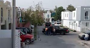 Graban balacera por ejecución de policía en residencial de Jalisco