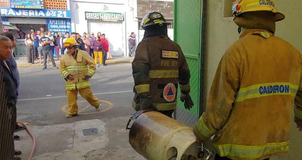 Explosión de tanque de gas en colonia Rivera Santiago deja 3 heridos