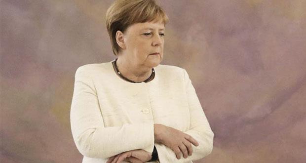 Merkel vuelve a sufrir temblores durante acto público en Alemania