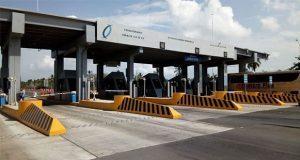 AMLO cancela pago de peaje a automóviles en caseta de Cuyutlán