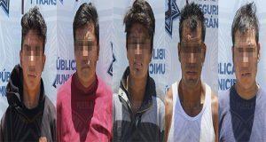 Detienen a 5 por robar material de construcción en Puebla capital