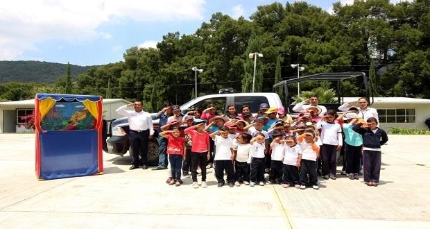 Ssptm imparte a niños de Azumiatla curso de uso responsable del 911