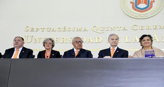 Pacheco Pulido asiste a graduación de 1,647 alumnos de la Udlap