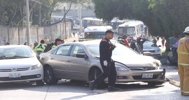 Persecución en la 11 Sur termina en choque múltiple; hay un detenido