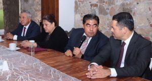 Necesario, sistema de contrapesos entre Ejecutivo, Congreso y TSJ: Barbosa