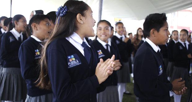 SEP dará más de un millón de uniformes a estudiantes de nivel básico
