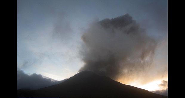 Popocatépetl registra 106 exhalaciones de vapor y ceniza: PC