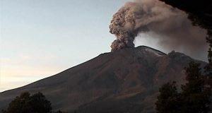 Continúa actividad volcánica, Popocatépetl registra otra explosión
