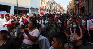 Antorchistas marchan para exigir servicios y obras en Puebla capital