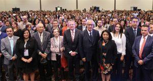En Puebla, más de 2,500 especialistas en salud se reúnen en foro
