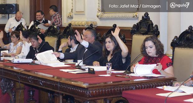 Frena Rivera en Cabildo cancelación de bases; Tribunal de Arbitraje decidirá