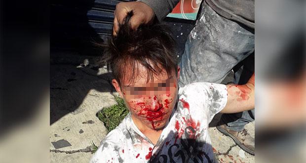 Retienen y golpean en avenida Las Torres a joven acusado de robo