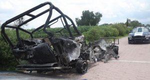 """""""Huachigaseros"""" se enfrentan con policías federales y municipales en Tepeaca"""