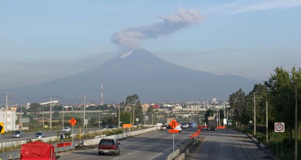 Popocatépetl registra dos explosiones y 120 exhalaciones, informa PC