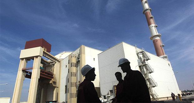 """Trump advierte a Irán """"tener cuidado"""" por enriquecimiento de uranio"""
