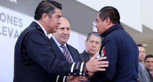 SSP de Puebla entrega estímulos económicos a policías