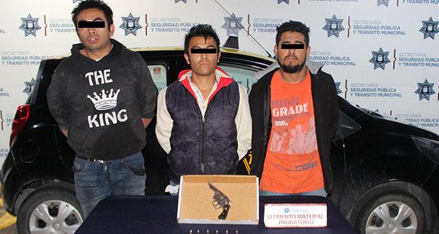 Ssptm detiene a tres por portar arma sin permiso